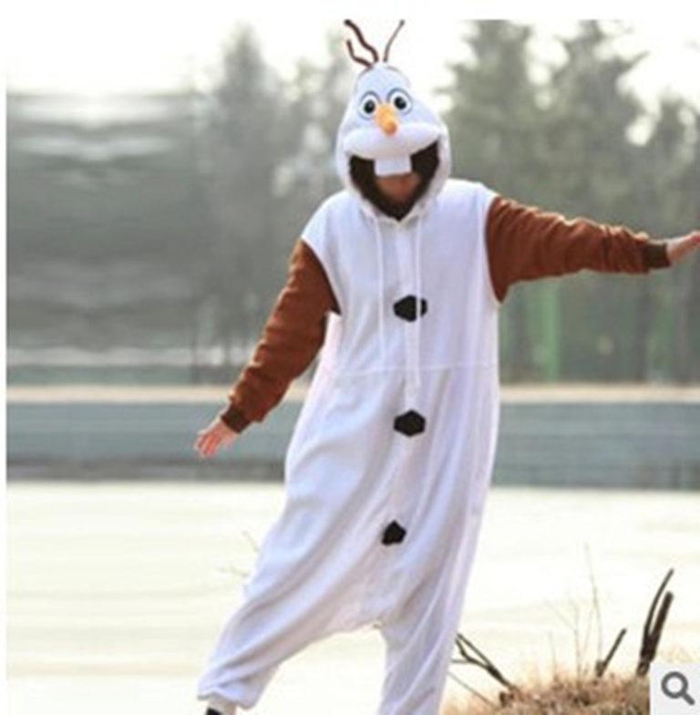 Pyjama Olaf (La Reine des Neiges) (en situation)